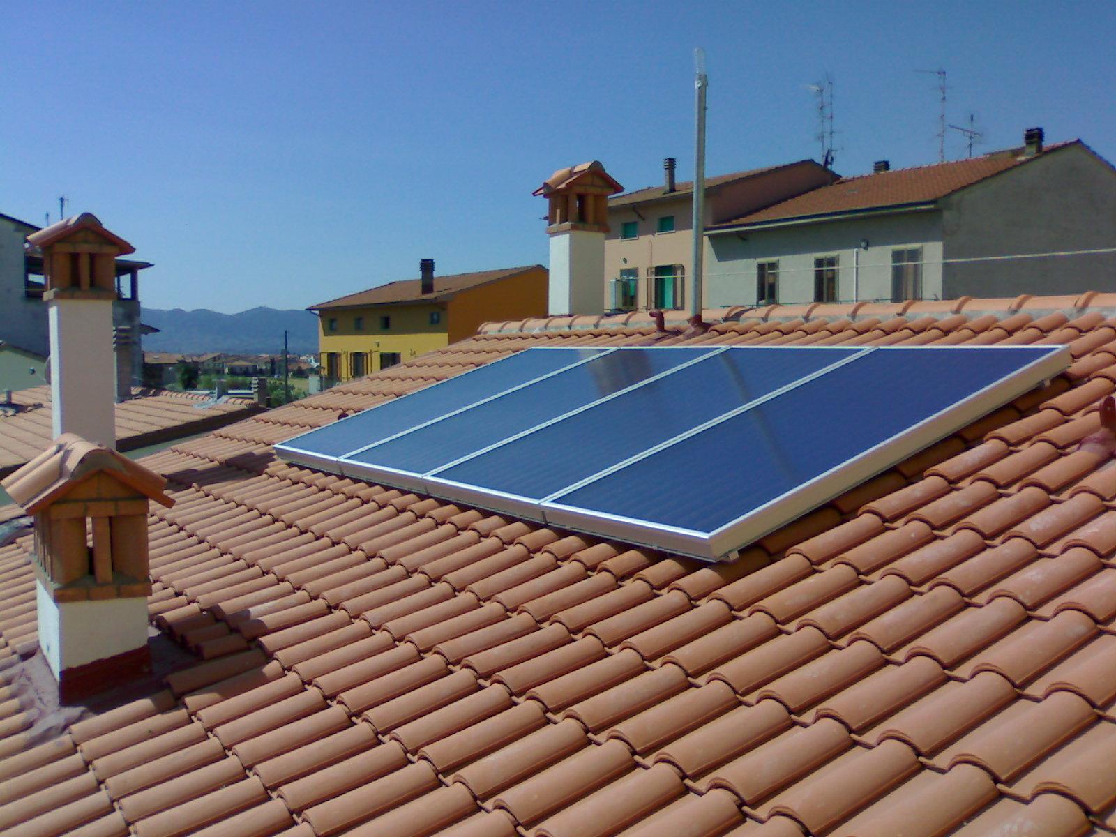 Pannello Solare Termico Rendimento : Impianti solari termici ottieni il massimo rendimento